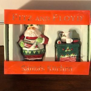 Fitz and Floyd Salt and pepper Santa's Kitchen